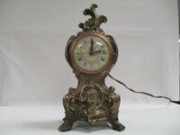 Vintage UNITED METAL GOODS MFG CO Electric Mantle Clock Model #82 CAST IRON (WW)