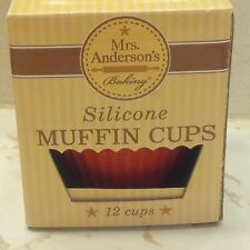 Silicone Baking Cups for Muffins and Cupcakes, Standard Size 2.5-Inch, Set of 12