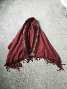 Ladys shawl cape fur effect collar excellent condition maroon.