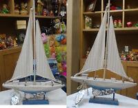 Barca nave a vela in legno e tessuto da collezione modellismo dipinta 26x41cm