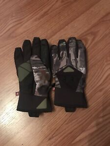 Under Armour Forest Windstopper Camo Hunting Gloves-L