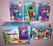FINGERLINGS LOT OF 5 + MONKEY BAR PLAYSET with EXCLUSIVE LIV  **NEW**