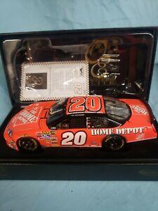 OWNERS ELITE TONY STEWART BUD SHOOTOUT RACED WIN '07 MONTE CARLO SS #405/2007