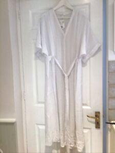 H&M White  Dress Size 10 Seersucker Summer Bnwt