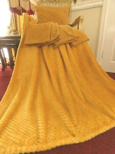 5 x Ochre Yellow Jumbo Cord Cushion Covers & Soft Fleece Waffle Throw Bundle