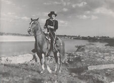 JOHN WAYNE THE HORSE SOLDIERS  RARE PHOTO CLIPPING