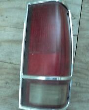 1982-1993 Chevy GMC S10 Blazer Sonoma Jimmy >< Tail Light >< Right Side