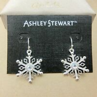 Festive Xmas gear, pretty silver clear snowflake earrings Christmas gift gear