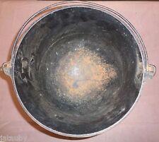 "VINTAGE CAST IRON KETTLE BEAN POT 3 Legs 10 1/2"" top outside diameter no marking"