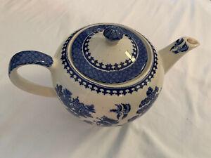 """Vintage SADLER Tea Pot """"Blue Willow"""" Made In England"""