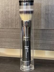 It Cosmectics Heavenly Luxe Flat Top Buffering Foundation Brush #6 New Sealed