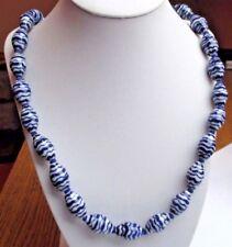 Beau Bijou Vintage ancien collier rétro perles olive porcelaine blanc bleu 676