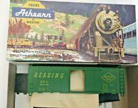 HO scale Bev-Bel Athearn Reading Lines  40' boxcar  RDG 107170 kit vintage