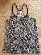 Black And White Printed Knit Racer Back Style Top Size 8 Polyester / Cotton