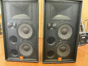 JBL Professional SR-X Series SR4732X Speakers used but in great shape Black