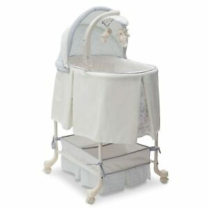 Simmons Kids Gliding Bassinet, Paisley