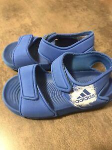 Adidas Badeschuhe/Sandalen Gr. 25