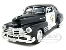 1948 CHEVROLET FLEETLINE AEROSEDAN HIGHWAY PATROL 1:24 MODEL CAR MOTORMAX 76454