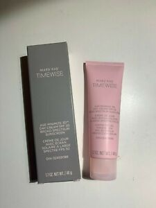 Mary Kay Timewise 3D Day Cream SPF 30 Dry Pink New in Box FRESH