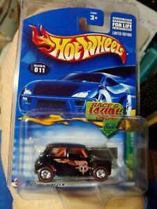 2002 Hot Wheels Treasure Hunt Mini Cooper w/Redline & Real Rider Tires . #11/12.