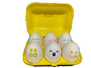 TOMY Hide and Squeak Eggs Activity Toy (E1581)