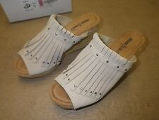 Minnetonka Quinn Stone Size:9 Medium Heel Slip on Shoes Brand New in Box!