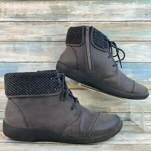 Clarks Cloudsteppers Womens Gray Ankle Boots Faux Leather Zip Up Lightweight 10