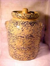 """ROSEVILLE, O CANISTER CROCK USA R.R.P. CO. TAN AND BLUE Sponge Ware 10 1/2"""" TALL"""