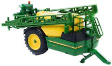 42909    Britains John Deere R962i Trailed Sprayer  1:32.