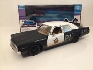 Blues Brothers 1974 Dodge Monaco Bluesmobile Greenlight 84011 1:24 Scale