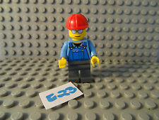 LEGO MINIFIGURE GREY LEGS BLUE PATTERNED TORSO WITH RED CAP (E23)