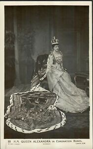 Vintage Postcard Unused H.M. Queen Alexandria In Coronation Robes