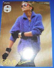 0e654ecde2067f Sirdar women s jacket cardigan Knitting Pattern 7010