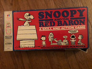 Snoopy and the Red Baron Game Milton Bradley 1970