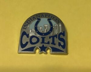 INDIANAPOLIS COLTS SKYLINE NFL TEAM VINTAGE COLLECTOR PIN