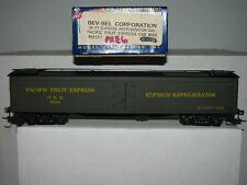 Roundhouse Bev Bel Ho scale 4913-1 50' Express Reefer Pacific Fruit Express 568