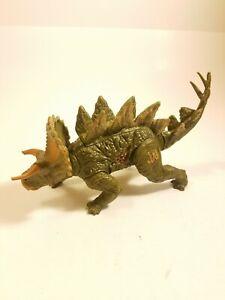 Jurassic World JW Bashers Biters Stegoceratops Figure Green Hasbro Battle Damage