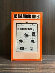 New Saunders IC enlarger timer
