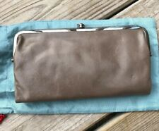 NWT HOBO INTERNATIONAL Ash Color Leather  Lauren Clutch Wallet