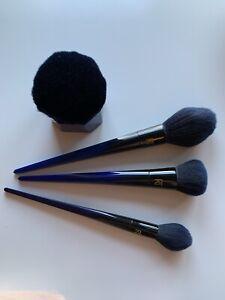 Real Techniques Makeup Brush Bundle |Powderbleu Collection