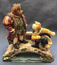 Puss N. Boots with His Majesty...Royal Encounter-Boyds Bears Bearstone #2460