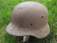 Coque de Casque allemand WW2 Auhentique impacté eclat d'obus