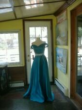 Turquoise Formal Gown - Prom / Bridesmaid / Wedding - Size 6 - NWT
