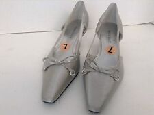 Karen Scott Womens Silver Fabric Flare Fashion Shoes Size 7M Leather Outsoles
