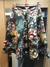 New listing H&M BELL-SHAPED SCUBA SKIRT - Size UK6/US-2/EUR32 would also fit 8