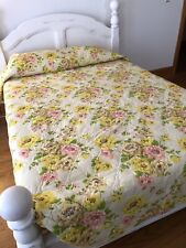 Vtg Montgomery Ward Shabby Chic Twin/Full Quilted Bedspread w/ Rose Florals