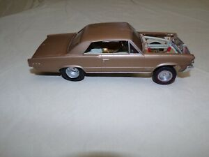 1/25 AMT 1964 Pontiac GTO Model car junkyard