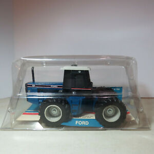 Scale Models Ford 846 Versitile 4WD 1/32 FD-JLE333FT-B