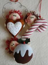 PRIMITIVE FOLK ART CHRISTMAS DECORATIONS SEWING PATTERN 'PEEK-A-BOO!'