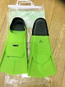 Maru swimming training fins. Size 8-9.5  EUR 42-44. New